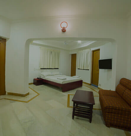 Mini Suite (Pool view)
